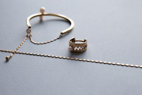 Deauville bracelet and Trap ring