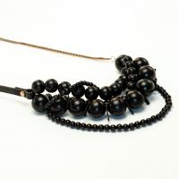 Bari necklace - black